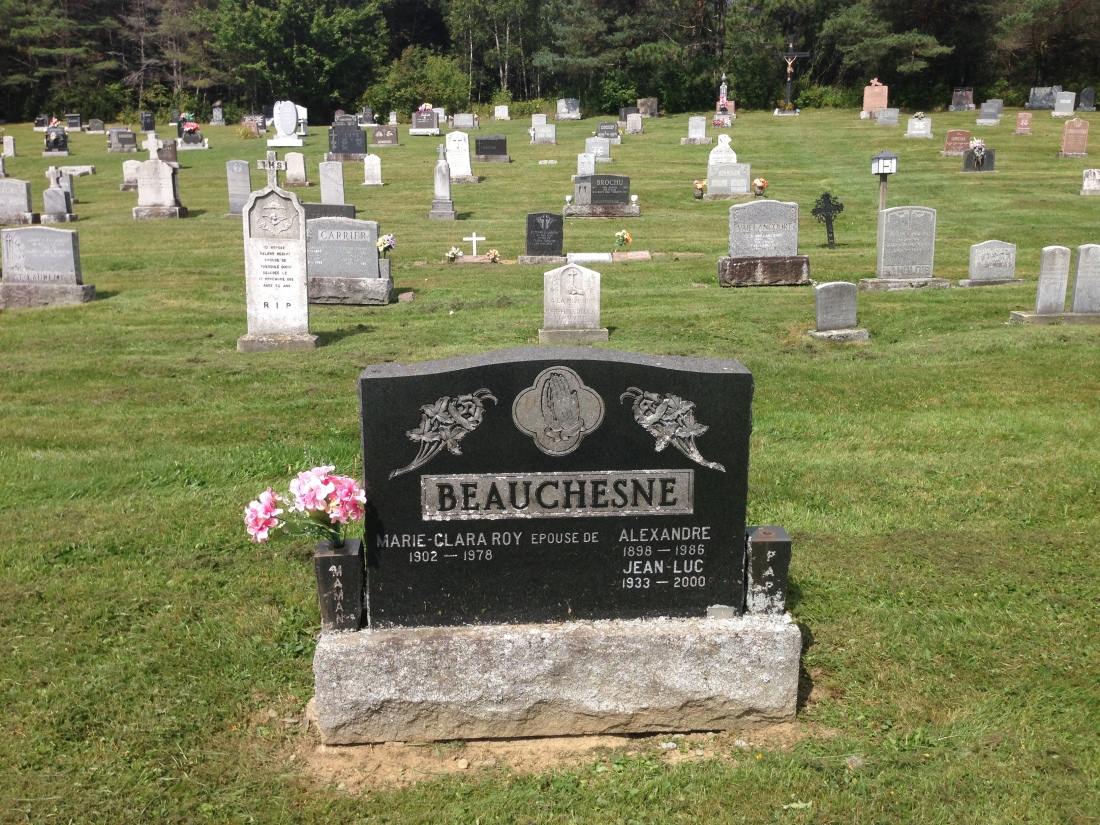 2016-09-09 Scotstown (monument Alexandre Beauchesne)