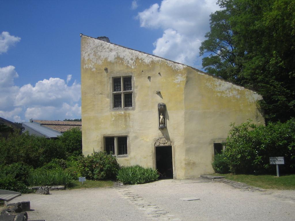 maison-de-jeanne-domremy