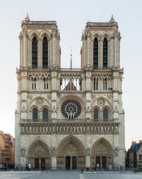 Cathédrale Notre-Dame de Paris, Northwest view at sunrise