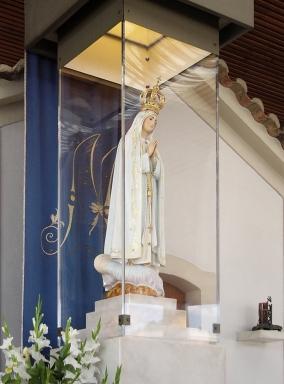 Statue de la Vierge de Fatima